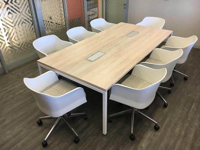 Boardroom & Meeting